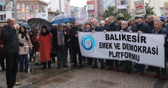 """ZAMLAR GERİ ALINMALI, MAAŞLAR ARTMALI"""