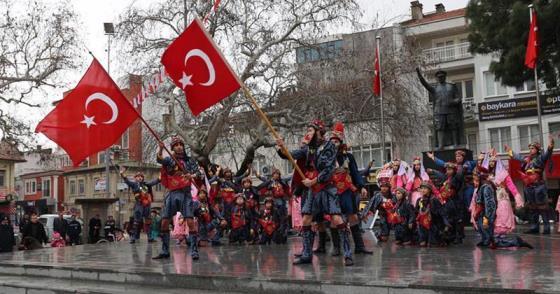 BURHANİYE'DE ZEYTİN BEREKETİ, FESTİVAL COŞKUSU