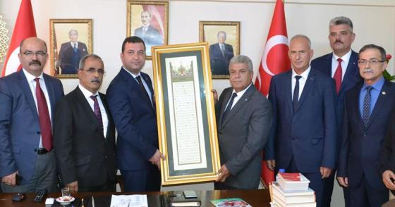 KAMU-SEN'DEN MHP'YE ZİYARET