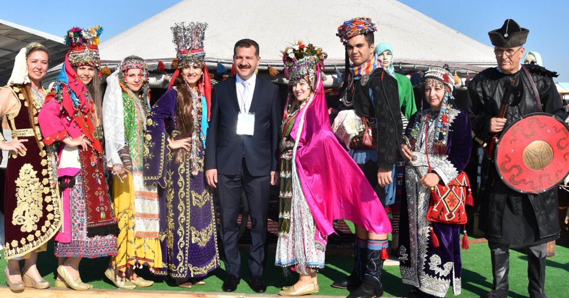 BALIKESİR ETNOSPOR KÜLTÜR FESTİVALİ'NE RENK KATTI