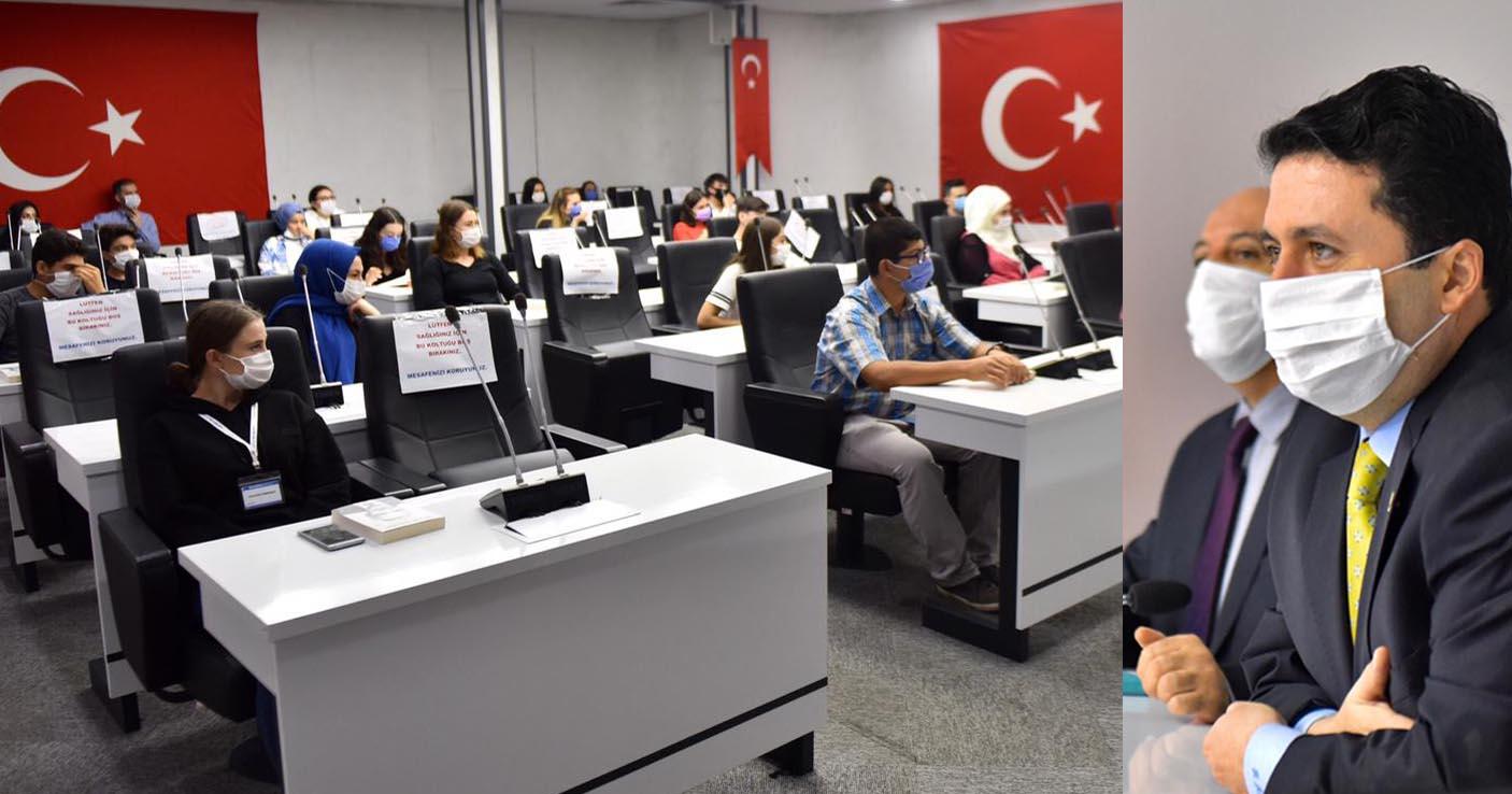 """""""ALTIEYLÜL'DE GENÇLERİN YERİ AYRI"""""""