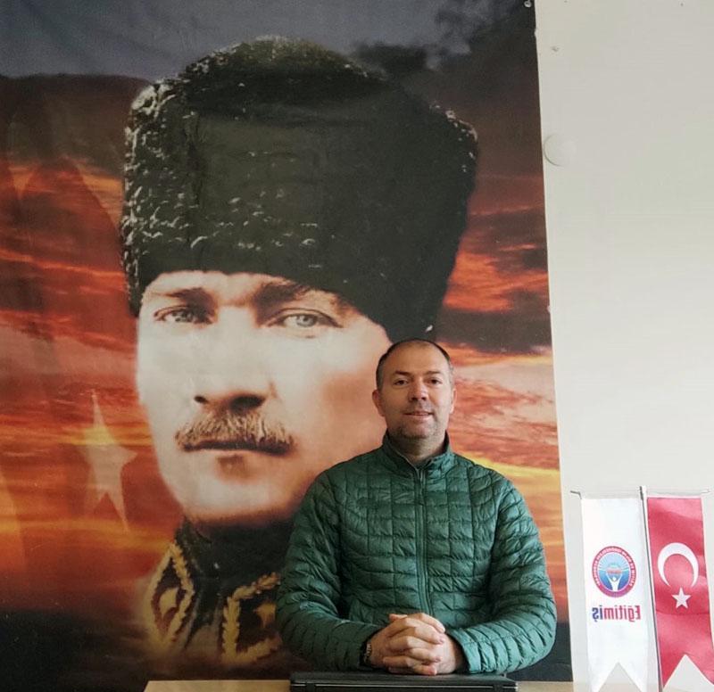 """""""UZAKTAN EĞİTİMDEÖĞRETMEN DE ÖĞRENCİ DE MAĞDUR OLDU"""""""
